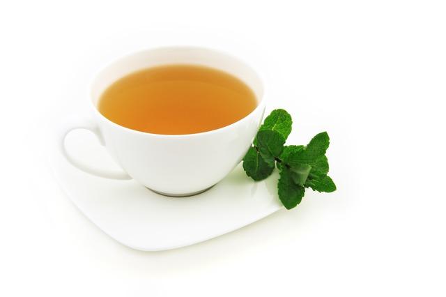 Herbal tea, Green Tea, drinking green tea reduces stress, herbal tea that reduces stress, fertility boosting foods, fertility foods for women