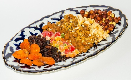 Dried Fruits, dried apricots estrogen, hormone balancing foods, hormone balancing diet fertility, fertility boosting foods