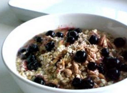 PCOS breakfast recipe Dairy Free Blueberry Muesli, blueberry muesli recipe, blueberry muesli recipe pcos, pcos recipes weight loss, pcos diet recipes, pcos friendly recipes, pcos breakfast recipes, pcos dinner recipes, pcos dessert recipes, pcos juicing recipes, pcos chicken recipes, pcos smoothie recipes, recipes for pcos sufferers, good recipes with pcos, healthy recipes for pcos, recipes for polycystic ovarian syndrome, pcos diet plan recipes